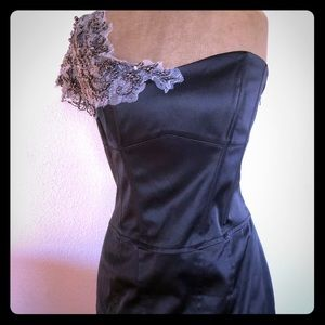 Karen Millen Black off shoulder dress 8-10